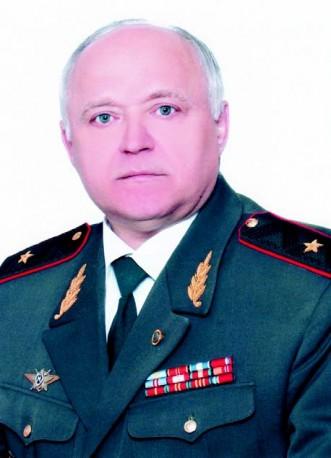 Генерал-майор Шумеев Виктор Иванович, начальник Училища с 1992 по 2005 год